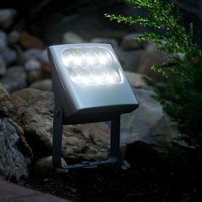 LED-Aussenstrahler und Scheinwerfer sind praktische Helfer