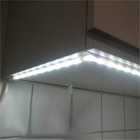 Leicht montierbare LED-Möbelleuchten