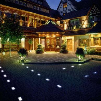 Dekorative Beleuchtung für Ihren Außenbereich