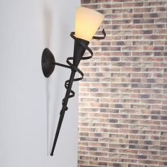 Wandfackel für stimmungsvolles Licht mit  Spirale in rost-braun