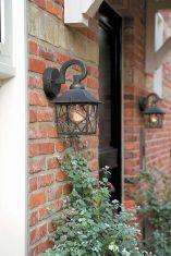 Rustikale Garten Wandlampe aus Aluminium in schwarz/gold patiniert