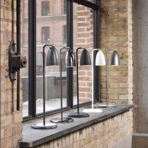 LED-Design Tischleuchte - designt by Bønnelycke mdd - dreh- und schwenkbar, in verschiedenen Oberflächen, inklusive 3 Watt LED, warmweiß