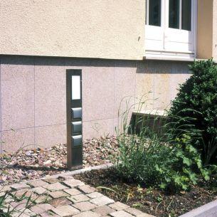 Mit Licht und Schalter 2-fach Steckdosensäule aus Edelstahl