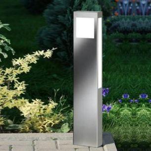 wegeleuchte mit steckdose aus edelstahl wohnlicht. Black Bedroom Furniture Sets. Home Design Ideas