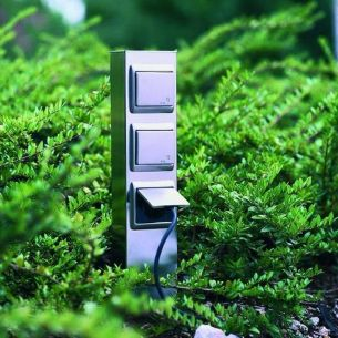 3-fach Steckdosensäule aus Edelstahl - Höhe 50cm