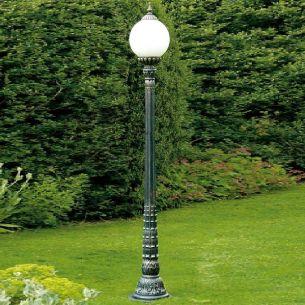 Handgeschmiedete Mastleuchte - wie aus alten Zeiten - 1-flammig - Antik-grün - Höhe 255cm