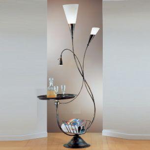 dekorative Stehleuchte mit Tisch im Fackeldesign