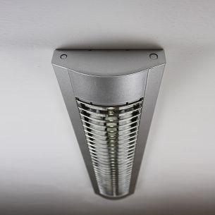 Rasterleuchte in Silber - Länge 134,5cm - für Leuchtstoffröhren silber