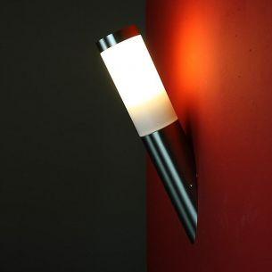 Garten-Wandleuchte in Fackeloptik - Inklusive LED E27-Leuchtmittel 4 Watt