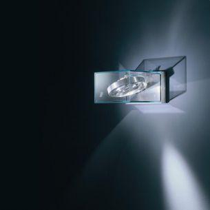 Design Außenleuchte ann AR 111 mit Kardangelenk für wirkungsvolle Illumination