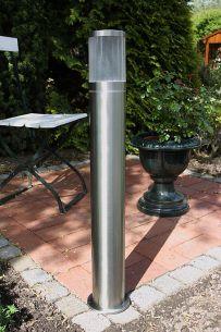 Wegeleuchte aus Edelstahl gebürstet mit Polycarbonatglas, Energiesparend