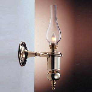 Wandlampe im Öllampenstil mit Zylinderglas aus massivem Messing