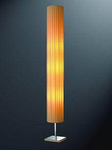 Stehlampe für Wohlfühlatmosphäre-auch für Energiesparlampe geeignet!
