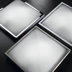 Deckenleuchte, Metallgestell in Weiß, gewölbtes Glas weiß, lackiert