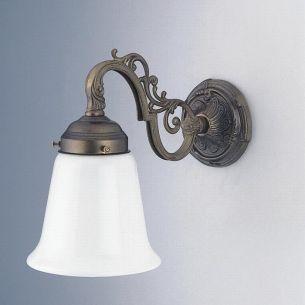 Wandleuchte in Altmessing mit Ornamenten und Opalglas 13 cm