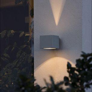 Eckige Aussenwandleuchte für einen tollen Lichteffekt