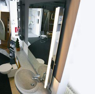 Lichtstange mit Klemmbefestigung und Grundplatte zur Spiegelmontage - Exklusive Lichtröhre - 2 Oberflächen