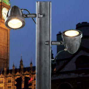 LED Strahler-Wegeleuchte handgeschmiedet im Industrial Look, Finish - Eisen natur