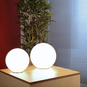 Tischleuchte in Kugelform, 3 Größen, 20, 25 und 30 cm im Durchmesser
