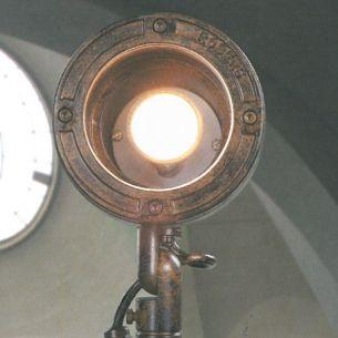 LED Strahler-Wandleuchte handgeschmiedet im Industrial Look, Finish - Rusty