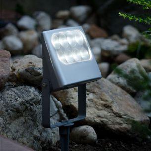 LED-Strahler mit Erdspieß, IP54, 8x3Watt, 4100K, Lichtfarbe neutralweiß, schwenkbar