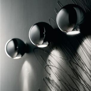 Wandleuchte in Chrom, Kupfer, weiß oder Wenge, einseitiger Lichtaustritt