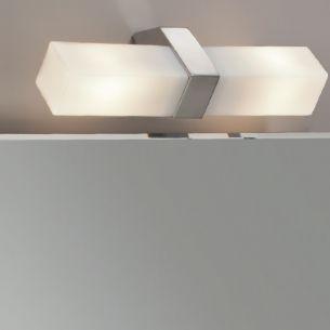 Spiegelleuchte in Chrom mit Opalglas