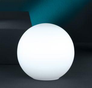 Kugelleuchte aus weißem  Opalglas- sehr dekorativ-3 Größen