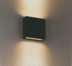 LED-Wandleuchte up and down, 2x3Watt Power-LED mit warmweißem Licht, 3000K, IP54  in zwei Farben wählbar
