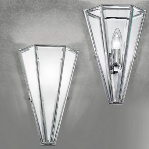 handgefertigte Wandleuchte mit hochwertigem Kristallglas, in Messing brüniert-Kristallglas satiniert messingfarbig, brüniert, opal/weiß