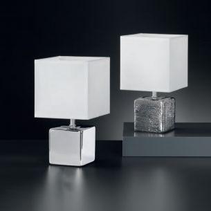 eckige Keramik-Tischleuchte in moderner Optik, Höhe 29cm