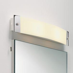 Badezimmer Spiegelleuchte mit praktischem Zugschalter