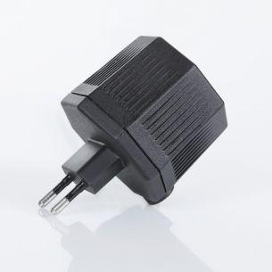 Steckertrafo IP24 schwarz mit LS-Buchse mit 3 Meter Zuleitung, 20VA, Abmessungen 80 x 55x 48mm Vorschaltgerät