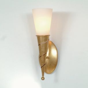 Wandfackel mit Opalglas aus Eisen goldfarben