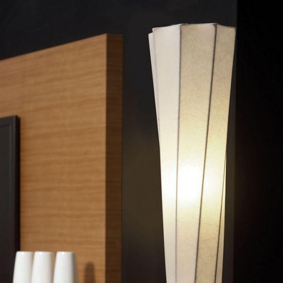 Fantastische Erleuchtung in einer neuen wegweisende Design-Entwicklung- Leuchtenserien mit futuristischem Flair - Cocoon-Stehleuchte