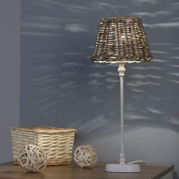tischleuchte in wei matt mit schirm aus korbgeflecht 20cm wohnlicht. Black Bedroom Furniture Sets. Home Design Ideas